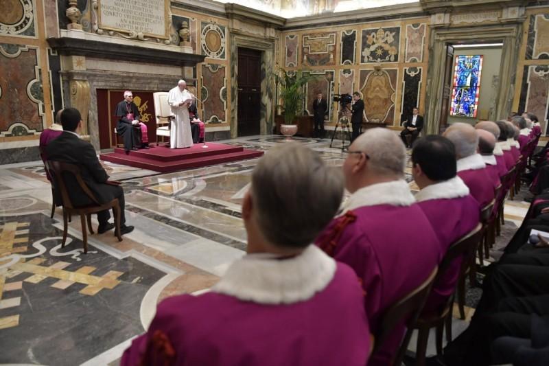 Matrimonio Istituto Romano : Unità e fedeltà nel matrimonio